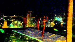 Сингапур бассейн на крыше отеля Marina bay sands.VLOG(Панорама ночного Сингапура из бассейна на крыше отеля Марина бэй сэндс. Подробные впечатления о наших само..., 2014-07-09T04:30:46.000Z)