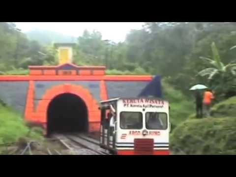 Kenikmatan Perjalanan Argo Raung Menembus Gunung Gumitir