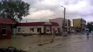 крымск утро наводнение(видео, добавленное с мобильного телефона., 2012-07-08T08:46:55.000Z)