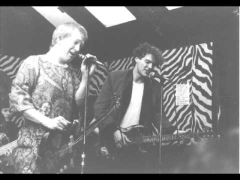 The White Shark (Mark Davies) - Listen to the Warm - Muggy Bog 10