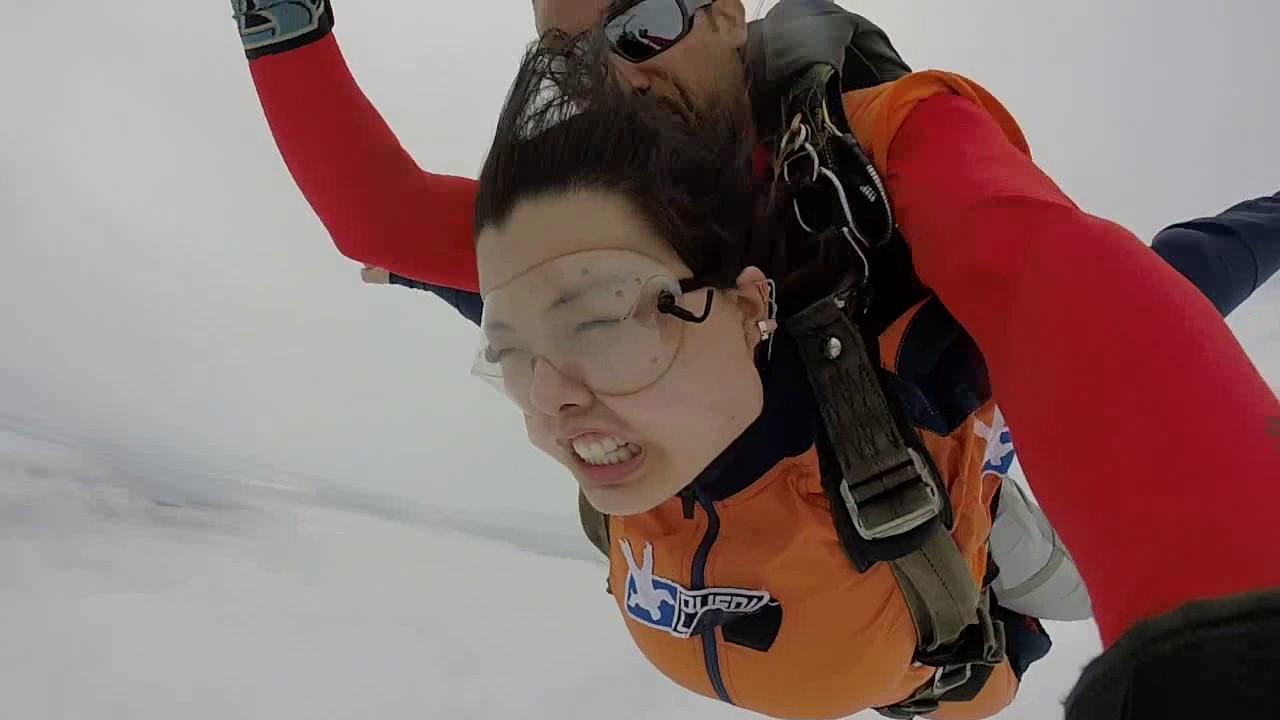 Salto de Paraquedas da Jessica M na Queda Livre Paraquedismo 22 01 2017