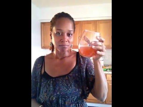 how-to-make-berry-apple-cider-vinegar-detox-drink