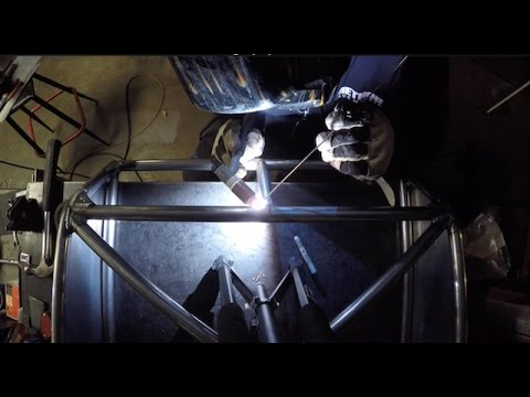 Cut and Weld :: Garage Vlog 3
