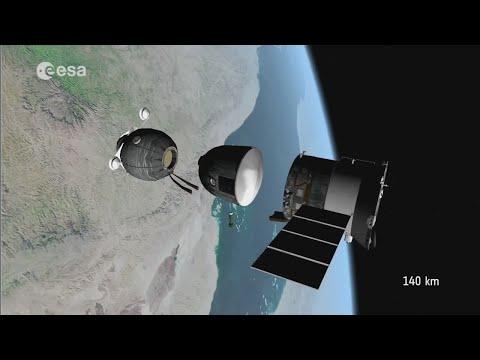 Как приземляется капсула с космонавтами видео