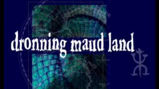 DRONNING MAUD LAND --- CRY FOR HAPPY