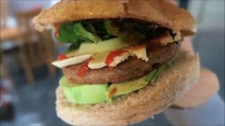 Burgers, 3D Printer And Tiny Budda!