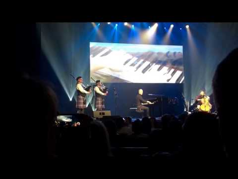 Piano Guys live at Charleston, SC playing Fight Song/Amazing Grace