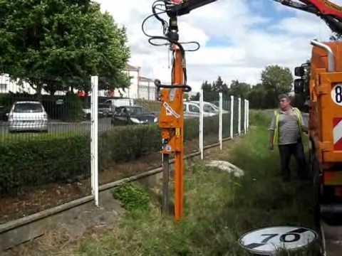 vibrofonceur rabaud  pose de signalisation routiere  youtube
