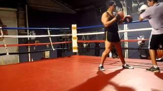 Gambar cover William Ampie training Lester Iglesias