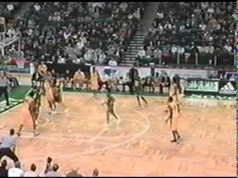 Carmelo Anthony vs Lebron James - Akron St Vincent - St Mary vs Oak Hill Academy week3.mpg