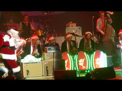 """Jingle Bells"" Brian Setzer Orchestra@Academy of Music Philadelphia 11/17/17"