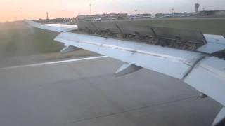 посадка самолета в Шереметьево (Париж-Москва)(, 2011-05-01T19:18:15.000Z)