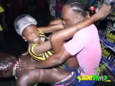 Baile y culeo jamaiquino- alkaline