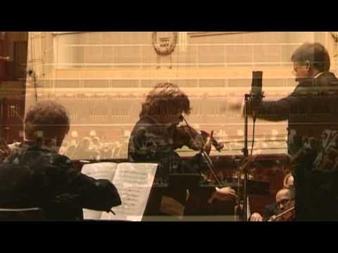 Manrico Padovani plays SAINT-SAENS, Intr. et Rondo Capriccioso op. 28 live, Smetana Hall Prague