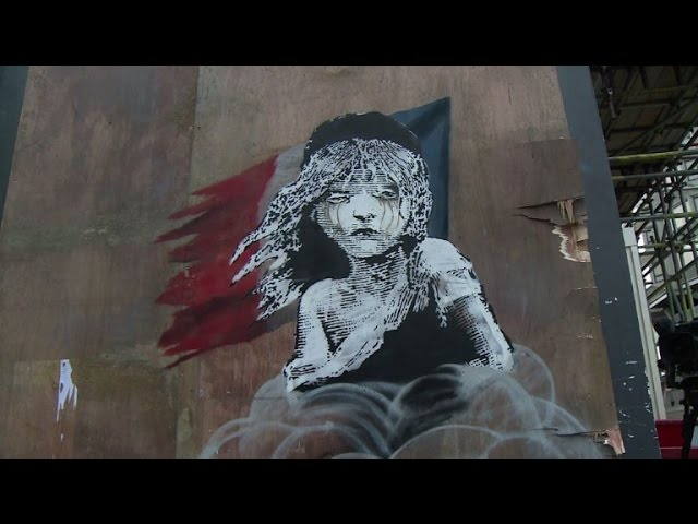 Banksy London artwork criticises Calais migrant treatment