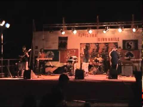 JIMI VISTOLI &THE DUB WISE GANG jahguide live avi.mpg