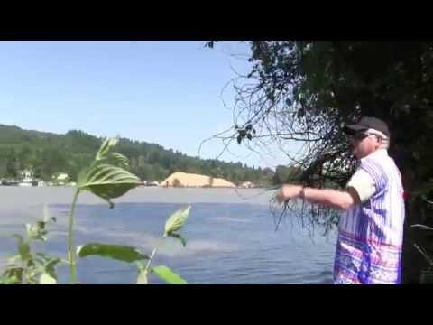 Karen People In Langley B.C Canada fraser river Fishing Area !