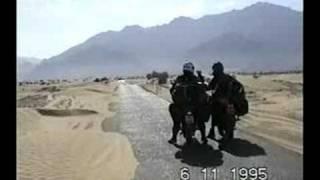 Motorradfahrt durch iranisch-pakistanisch-afghanisches Wüsten-Grenzgebiet