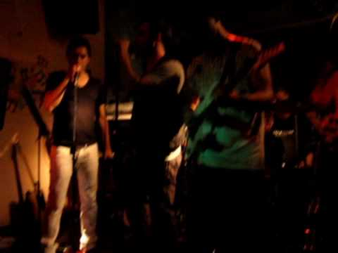 Crescendo Live Band - Hippy Hippy Shake
