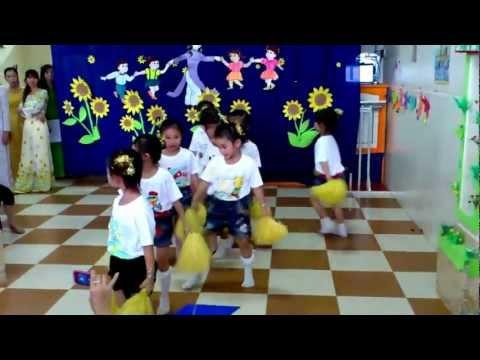 Mầm Non Hướng Dương múa 2012 ( Lễ tổng kết )