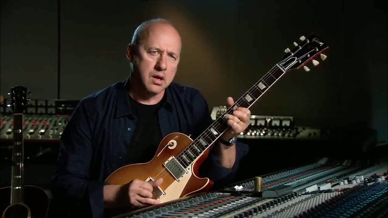 Mark Knopfler on guitar - YouT...