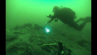 崔勇,中國第一批水下考古隊員,在江河湖海下面調查和發掘古代沉船、遺...