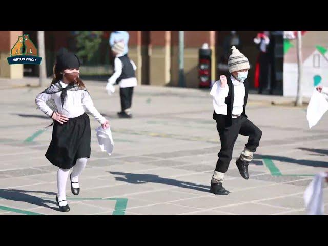 Bailes de Fiestas Patrias Educación Básica -1º Básicos Colegio Pumahue Chicureo
