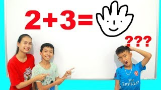 KuMin Kids Go To School Learn Math With Friends (2+3=?) at Classroom Funny
