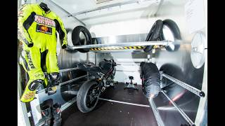 Sportcaravan: wij bouwen en verhuren caravans met motoren garage !