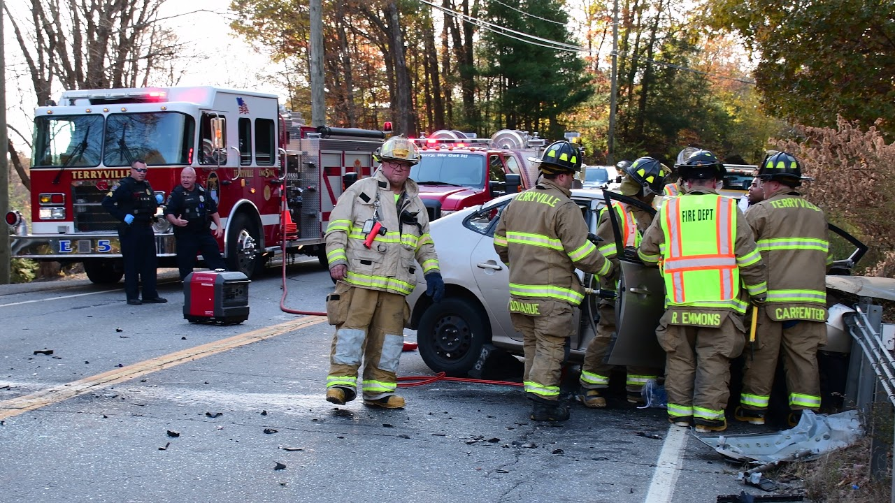 Download Route 6 Two Car Crash Plymouth Terryville CT  8805