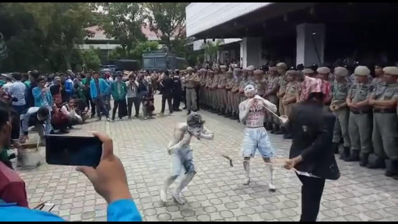 Aksi Demo Mahasiswa Hari ini Di Banda Aceh [Kamis,26 ...