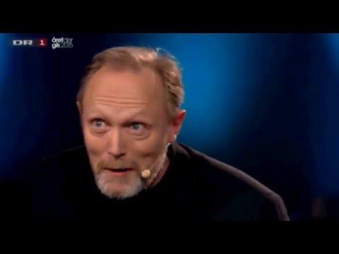 Lars Mikkelsen sings the Russian