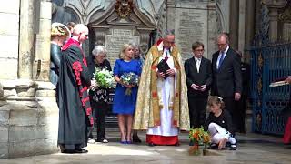 The ashes of Stephen Hawking buried at Westminster Abbey