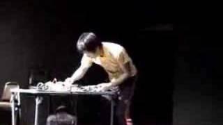 TRALPHAZ LIVE @ NOISEFEST 2005