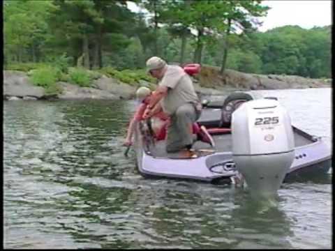 2004 Fishing University Slider Lures Bass Fishing