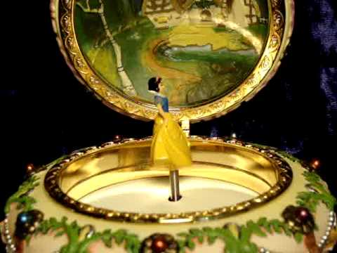 DISNEY SNOW WHITE MUSICAL JEWELRY BOX Detail YouTube