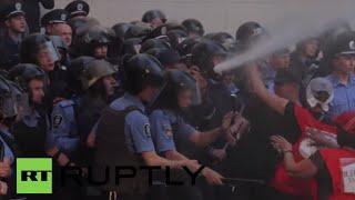 Ukraine: Fire and clashes engulf Verkhovna Rada square amid hunger strikes