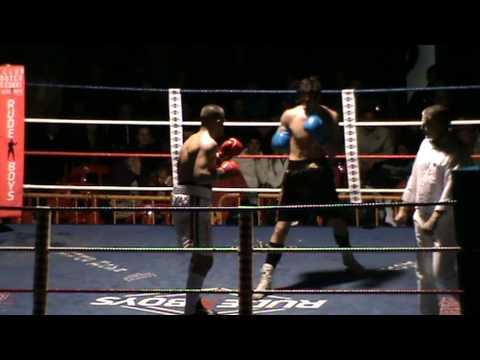 Boxeo en Sedavi febrero 2012 Jose Reyes