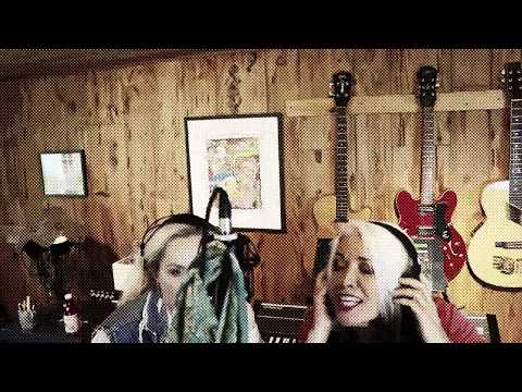 "Cherie Currie & Brie Darling - ""The Motivator"" [Official Music Video]"