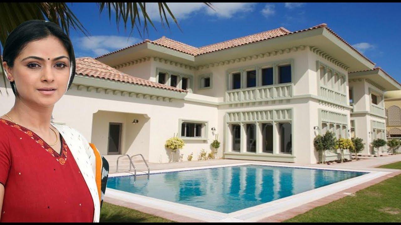 Simran Luxury Life | Net Worth | Salary | Business | Cars | House | Family  | Biography