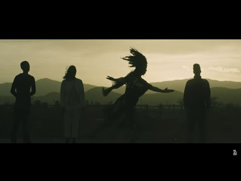Le Butcherettes - spider/WAVES (Official Music Video)
