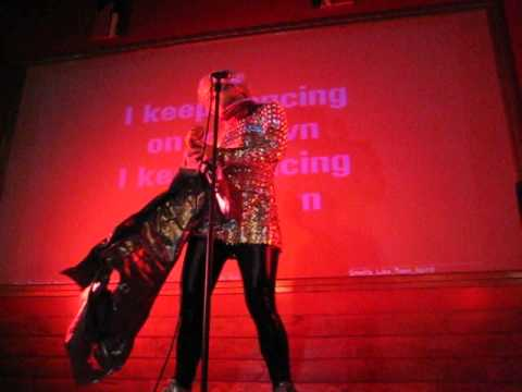 Serena - Breaking Ballad - Dancing On My Own - Gotham City Karaoke