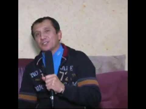Anvar Sanaevni Dilshod rahmonov tabriklamoqda