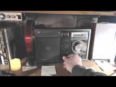 AM Radio  |  Listening Through the Noise