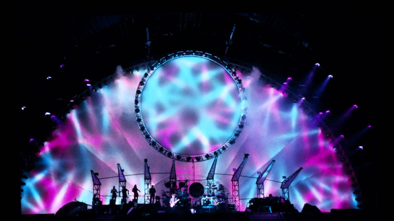 Pink Floyd - Comfortably Numb (New Orleans '94) - YouTube