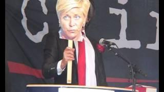 Se Rune Andersen parodiere Jens Stoltenberg og norske politikere i klimarettssak