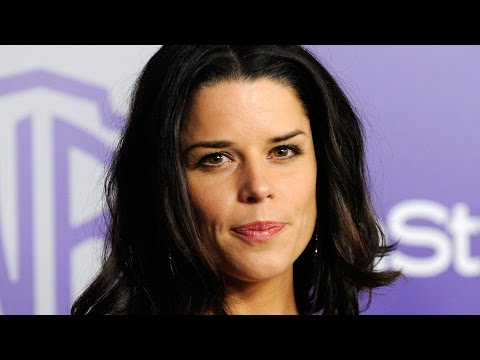 Thumbnail: Why Hollywood Won't Cast Neve Campbell Anymore