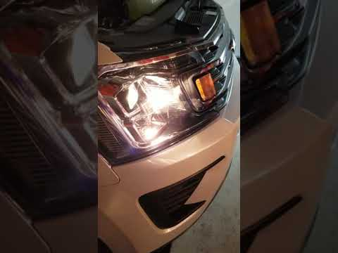 Hikari Led HB3 AND H9 bulb swap in 2019 Ford Expedition XLT.