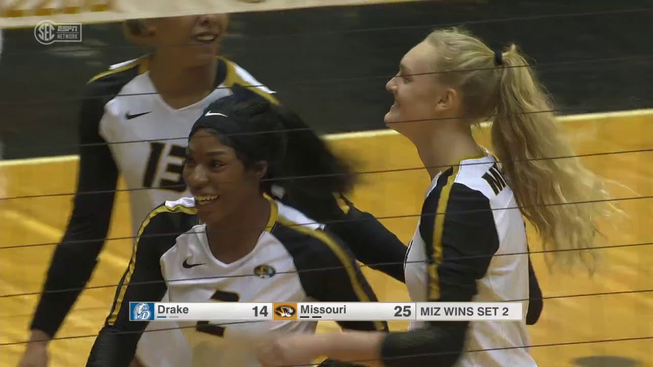 Highlights Mizzou Volleyball Wins Mizzou Invitational With 3 0 Sweep Over Drake Youtube