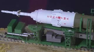 ソユーズロケット+搬送列車:Soyuz Spacecraft and transportation train